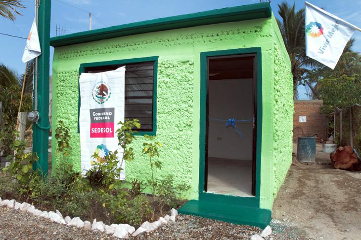 Arranca gobierno municipal y sedesol programa de casas for Proyectos de casas ecologicas
