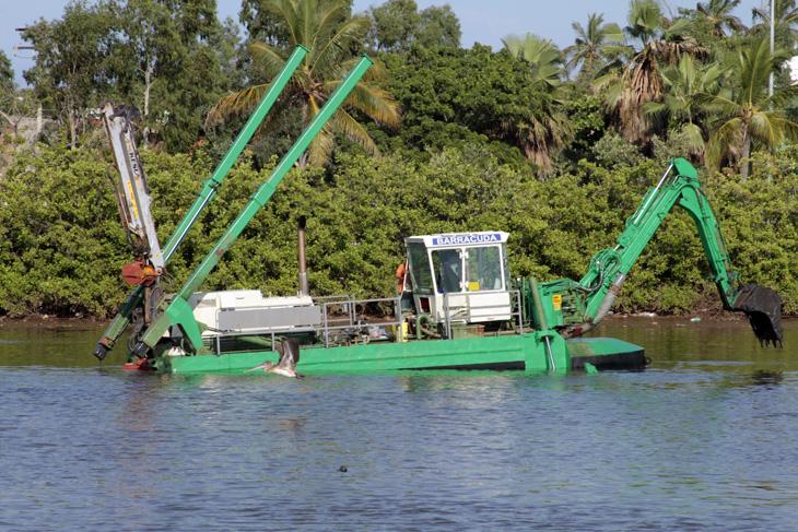 Nebot aprueba concesión del río artificial  para hacer Isla a Urdesa
