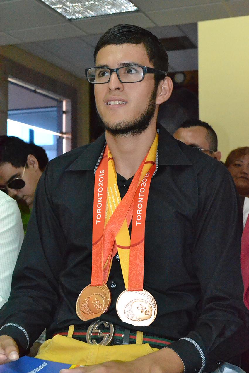 Recibe el atleta Jesús Manuel Martínez Valles reconocimiento por sus ...