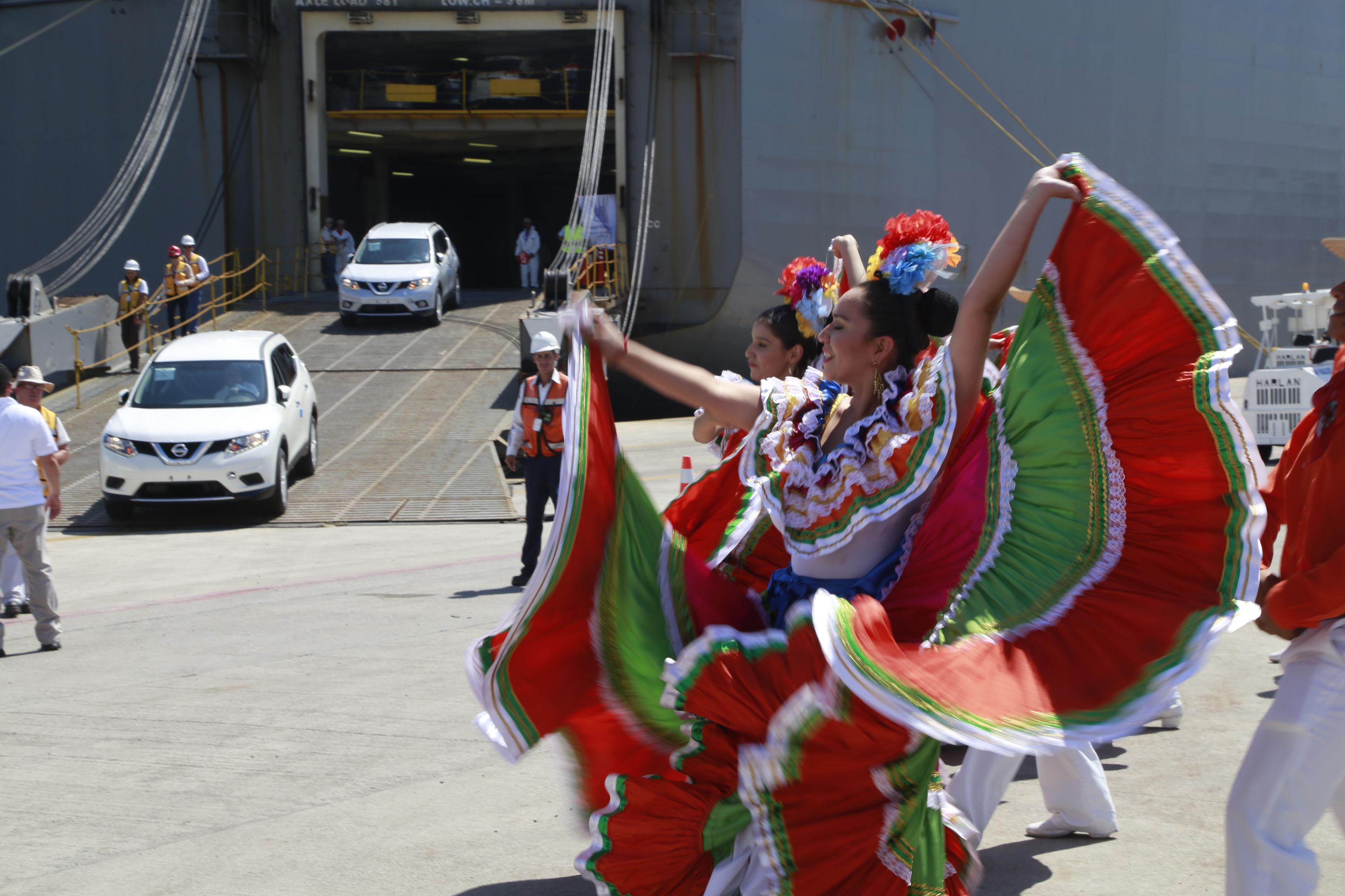 Mazatlán, la puerta natural para la importancia y exportación de ...
